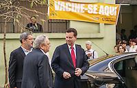 SAO PAULO, SP, 27 AGOSTO 2012 - AGENDA GILBERTO KASSAB - O prefeito de Sao Paulo Gilberto Kassab durante visita AMA Se na regiao central da capital paulista, nesta segunda-feira, 27. (FOTO: MARCOS MORAES / BRAZIL PHOTO PRESS).