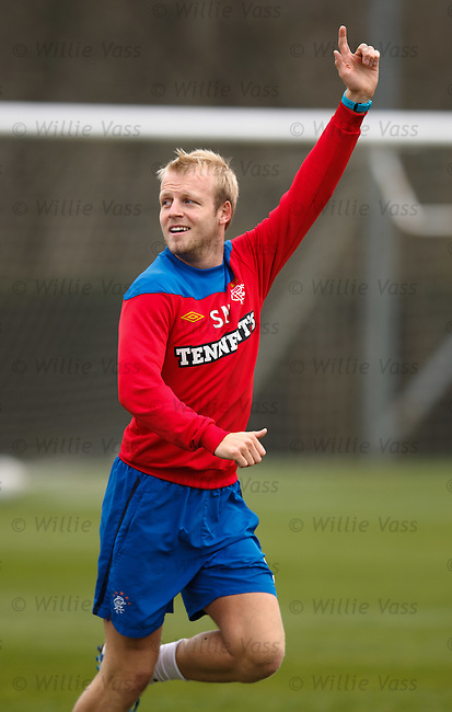 Steven Naismith back on the training ground