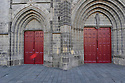 09/02/11 - SAINT FLOUR - CANTAL - FRANCE - Porche de la Cathedrale de Saint Flour - Photo Jerome CHABANNE