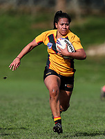 Louisa Gago of Manurewa makes a break. Premier Women's Rugby League, Papakura Sisters v Manurewa Wahine, Prince Edward Park, Auckland, Sunday 13th August 2017. Photo: Simon Watts / www.phototek.nz