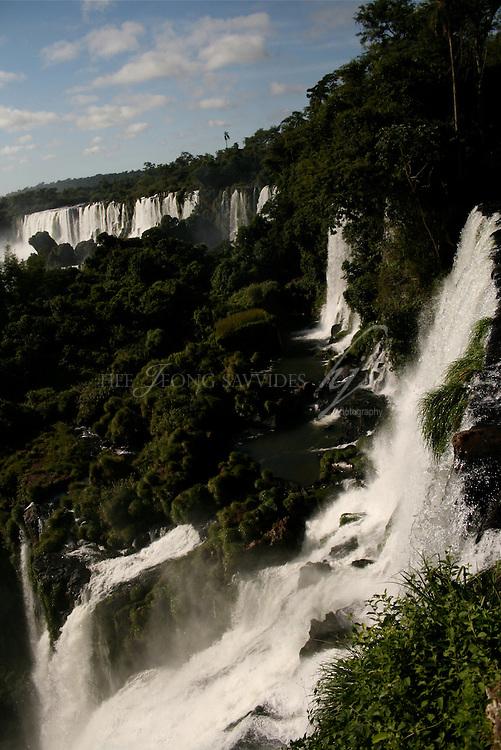 Iguazu falls, Iguazu National Park, Argentina   Feb 08
