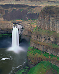 Palouse Falls State Park, WA<br /> Palouse Falls on the Palouse River encircled by basalt cliffs