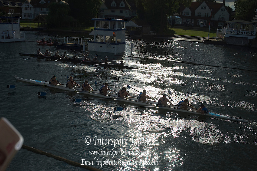 Henley, Great Britain.  Henley Royal Regatta. River Thames,  Henley Reach.  Royal Regatta. River Thames Henley Reach. Wednesday  18:17:20  29/06/2011  [Intersport Images] . HRR