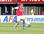 Nederland, Alkmaar, 26 augustus 2012.Eredivisie.Seizoen 2012-2013.AZ-SC Heerenveen.Viktor Elm van AZ in actie met bal