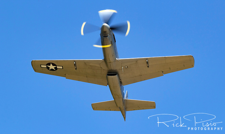 Rare P-51H Mustang 44-64314 in flight during the 2017 Grass Valley Airfest