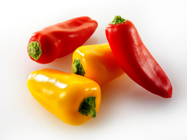 Mixed red & yellow mini sweet peppers