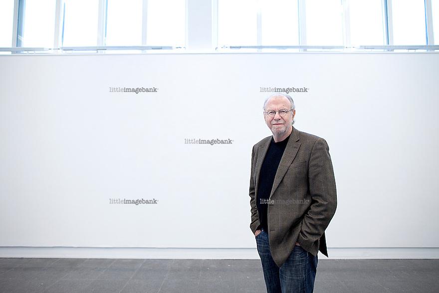 Oslo, Norge, 28.03.2012. William J. Thomas Mitchell fotografert på Kunstnernes hus. Foto: Christopher Olssøn.