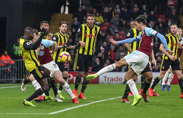 Burnley's Dwight McNeil shoots over the bar<br /> <br /> Photographer Andrew Kearns/CameraSport<br /> <br /> The Premier League - Watford v Burnley - Saturday 19 January 2019 - Vicarage Road - Watford<br /> <br /> World Copyright &copy; 2019 CameraSport. All rights reserved. 43 Linden Ave. Countesthorpe. Leicester. England. LE8 5PG - Tel: +44 (0) 116 277 4147 - admin@camerasport.com - www.camerasport.com