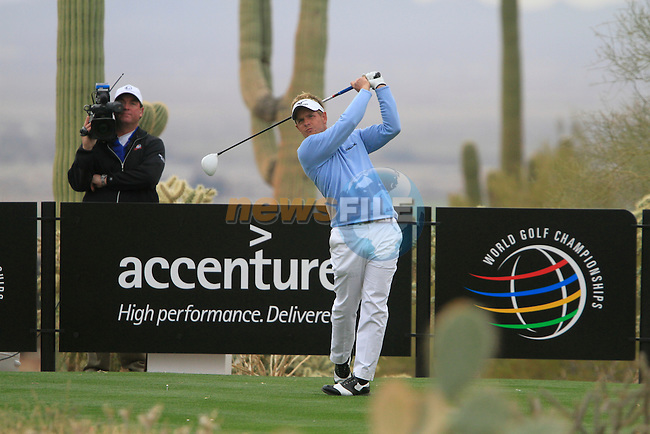 Luke Donald (ENG) in action on the 13th tee during the Semi-Final Matches on Day 4 of the Accenture Match Play Championship from The Ritz-Carlton Golf Club, Dove Mountain, Saturday 26th February 2011. (Photo Eoin Clarke/golffile.ie)