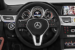 Car pictures of steering wheel view of a 2015 Mercedes Benz Classe E E220 4 Door Sedan 2WD Steering Wheel