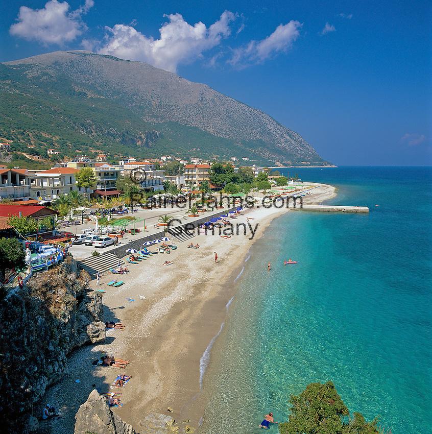 Greece, Cephalonia (Ionian island), Poros: View of Bay and Beach | Griechenland, Kefalonia (Ionische Insel), Poros: Bucht und Strand