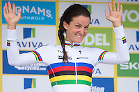 Picture by Alex Whitehead/SWpix.com - 18/06/2016 - Cycling - Aviva Women's Tour - Stage 4, Nottingham to Stoke-on-Trent - Boels-Dolmans' Lizzie Armitstead retains the yellow race leaders jersey after Stage 4.