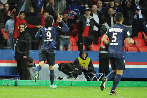 29.04.2016. Paris, France. French league 1 football. Paris St German versus Rennes.  EDINSON CAVANI (psg) celebrates his goal in the 90th minute for 4-0