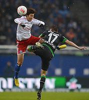 FUSSBALL   1. BUNDESLIGA   SAISON 2012/2013    19. SPIELTAG Hamburger SV - SV Werder Bremen                          27.01.2013 Heung Min Son (li, Hamburger SV) gegen Aleksandar Ignjovski (re, SV Werder Bremen)