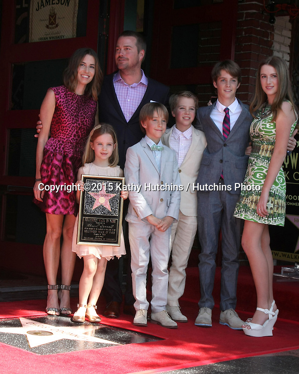 LOS ANGELES - MAR 5:  Caroline Fentress O'Donnell, Chris O'Donnell, Lily Anne O'Donnell, Charles McHugh O'Donnell, Finley O'Donnell, Maeve Frances O'Donnell, Christopher O'Donnell Jr at the Chris O'Donnell Hollywood Walk of Fame Star Ceremony at the Hollywood Blvd on March 5, 2015 in Los Angeles, CA