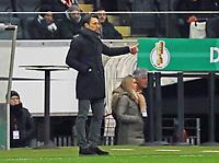 Trainer Niko Kovac (Eintracht Frankfurt) gibt Thumbs up für den DFB-Pokal - 07.02.2018: Eintracht Frankfurt vs. 1. FSV Mainz 05, DFB-Pokal Viertelfinale, Commerzbank Arena
