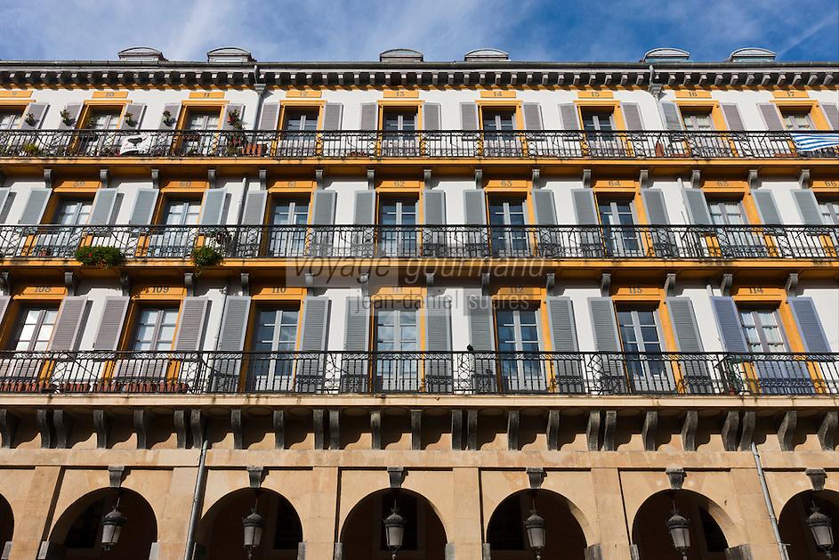 Europe/Espagne/Pays Basque/Saint-Sébastien:  Place de la Constitution dans le quartier Viejo, C'est là que débute La Tamborrada, l'un des évènements traditionnels majeurs de la ville.