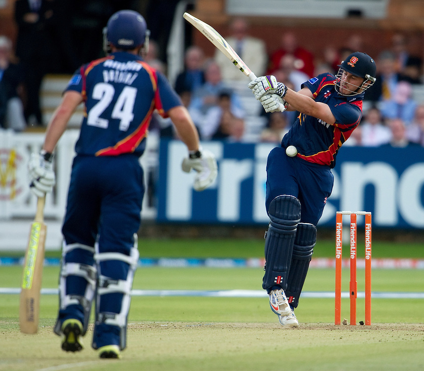 Essex Eagles' Hamish Rutherford mistimes a pull against Middlesex Panthers at Lords<br /> <br />  (Photo by Ashley Western/CameraSport) <br /> County Cricket - Friends Life t20 2013 - Middlesex v Essex - Thursday 04th July 2013 - Lord's, London <br /> <br />  &copy; CameraSport - 43 Linden Ave. Countesthorpe. Leicester. England. LE8 5PG - Tel: +44 (0) 116 277 4147 - admin@camerasport.com - www.camerasport.com