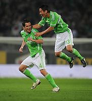 FUSSBALL   1. BUNDESLIGA   SAISON 2011/2012   27. SPIELTAG VfL Wolfsburg - Hamburger SV         23.03.2012 Marcel Schaefer (li) und Makoto Hasebe (re, beide VfL Wolfsburg) jubeln nach dem 2:1