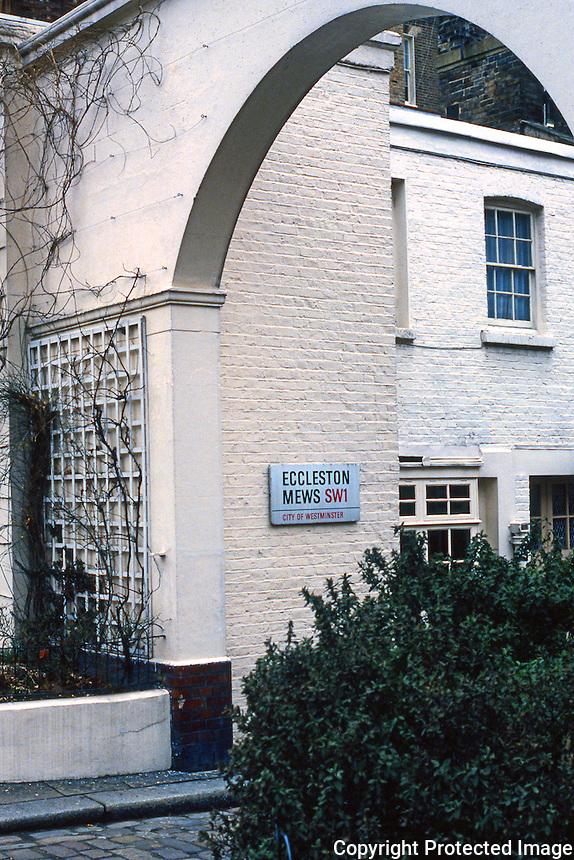 London: A Mews. Eccleston Mews, Belgravia.
