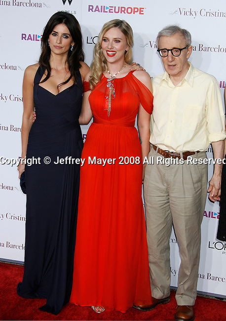 "Actresses Penelope Cruz, Scarlett Johannson and Director Woody Allen arrive at The Los Angeles Premiere of ""Vicky Cristina Barcelona"" at the Mann Village Theatre on August 4, 2008 in Westwood, California."