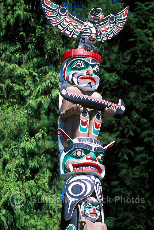 Kwakwaka'wakw (Kwakiutl) Totem Pole at Brockton Point in Stanley Park, Vancouver, BC, British Columbia, Canada - Close Up Detail
