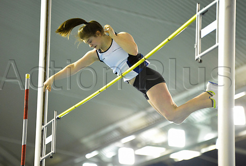27.02.2016. EIS Sheffield, Sheffield, England. British Indoor Athletics Championships Day One. Anna Gordon on her way to setting a new Scottish U20 record in the Pole-vault.