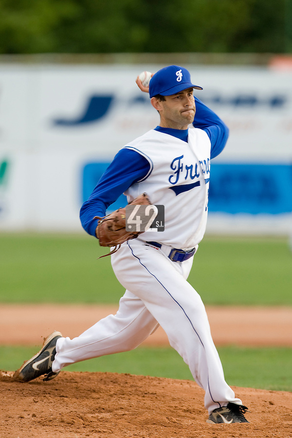 BASEBALL - GREEN ROLLER PARK - PRAGUE (CZECH REPUBLIC) - 28/06/2008 - PHOTO: CHRISTOPHE ELISE. PITCHER PATRICE BRIONES (TEAM FRANCE)