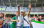 Stockholm 2014-07-20 Fotboll Superettan Hammarby IF - &Ouml;sters IF :  <br /> Hammarbys supportrar &auml;r glada<br /> (Foto: Kenta J&ouml;nsson) Nyckelord:  Superettan Tele2 Arena Hammarby HIF Bajen &Ouml;ster &Ouml;IF supporter fans publik supporters