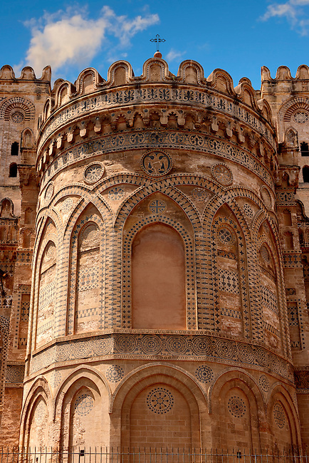 Norman period exterior of the Aspe with inlaid stonework and rounded battlements,Palermo Cathedral, Sicily