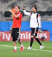 FUSSBALL WM 2014                HALBFINALE Brasilien - Deutschland          08.07.2014 Kevin Grosskreutz (li) und Torwart Roman Weidenfeller (v.l., beide Deutschland) machen Fotos nach dem Spiel