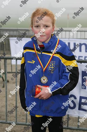 PK veldlopen Duffel: Hanne Vancamp (Merksem) werd  2e bij de Benjamins meisjes ?00 + ?99<br />Contact: ?