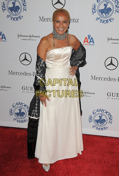 SHARI BELAFONTE .attends The 30th Anniversary Carousel of Hope Ball Presented by Mercedes-Benz held at The Beverly Hilton Hotel in Beverly Hills, California, USA,.October 25th 2008..full length white dress strapless hand on hip cream black wrap shawl long maxi .CAP/DVS.©Debbie VanStory/Capital Pictures