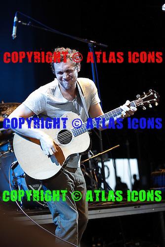 Phillip Phillips, live, 2013 ,Ken Settle/atlasicons.com
