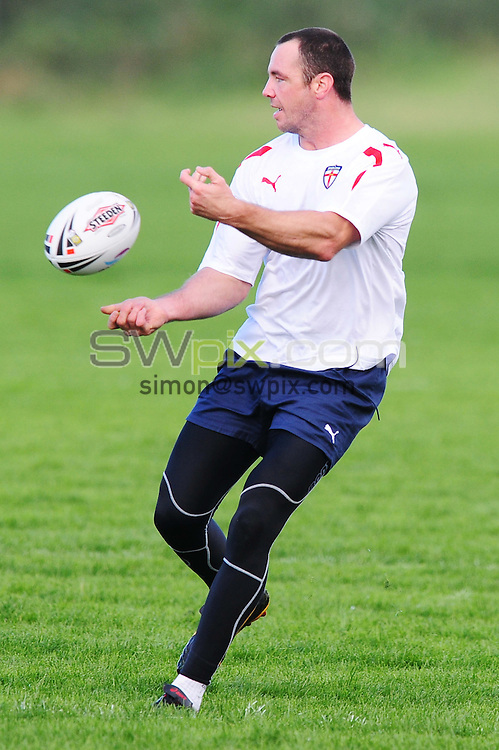 PICTURE BY ALEX BROADWAY/SWPIX.COM - Rugby League - England Rugby League training session,  Leeds Rugby Academy, Leeds, England - 06/10/10...Copyright - Simon Wilkinson - 07811267706...Adrian Morley..