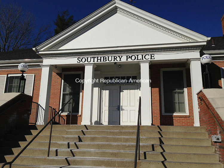 SOUTHBURY, CT - 23 Jan 2015 - 012315RH01 - Southbury Police Department