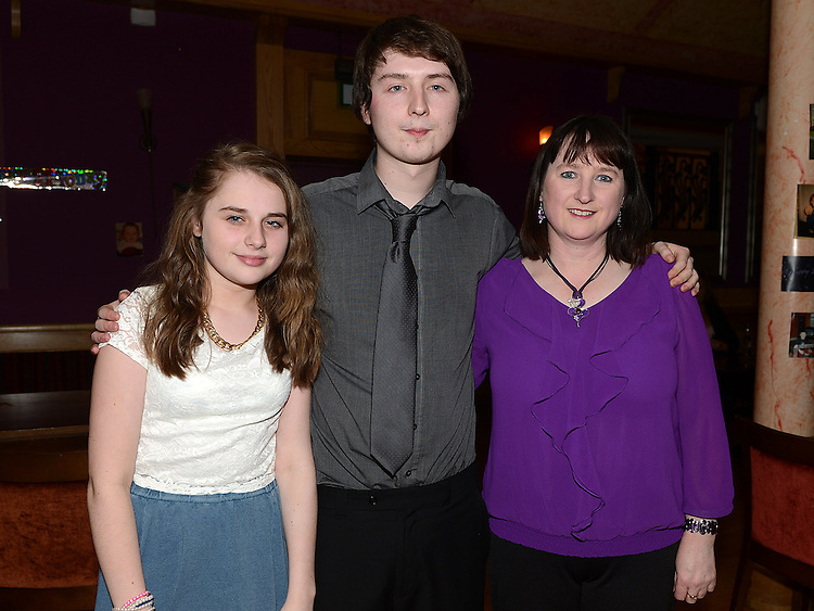 Luke O'Brien celebrating his 21st birthday in the Thatch with mam Susan and sister Emma. Photo:Colin Bell/pressphotos.ie