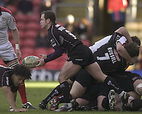2005/06, Heineken Cup, 4th Rd, Saracens vs Ulster, Kyran Bracken clears from the back of the scrum at Vicarage Road, ENGLAND   © Peter Spurrier/Intersport Images - email images@intersport-images..