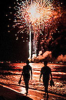 Sizzling show of fireworks along the Gulf of Mexico launched from historic Naples Fishing Pier, Naples, Florida, USA, July 4, 2010. Photo by Debi PIttman Wilkey