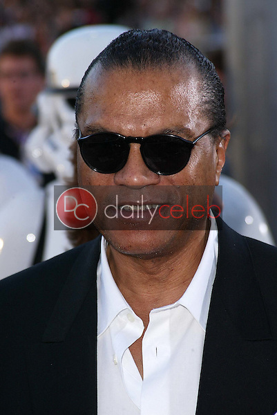 """Billy Dee Williams<br /> at the """"Star Wars: Revenge Of The Sith"""" Los Angeles Premiere, Mann Village, Westwod, CA 05-12-05<br /> David Edwards/DailyCeleb.Com 818-249-4998"""