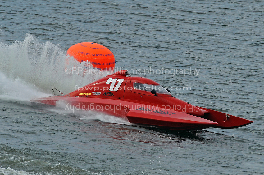 "Keith Anderson, S-17 ""Bad Habit"" (2.5 Litre Stock hydroplane(s)"