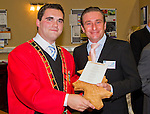 Mayor Kevin Callan presented each judge with a gift from Drogheda..Picture: Shane Maguire / www.newsfile.ie.