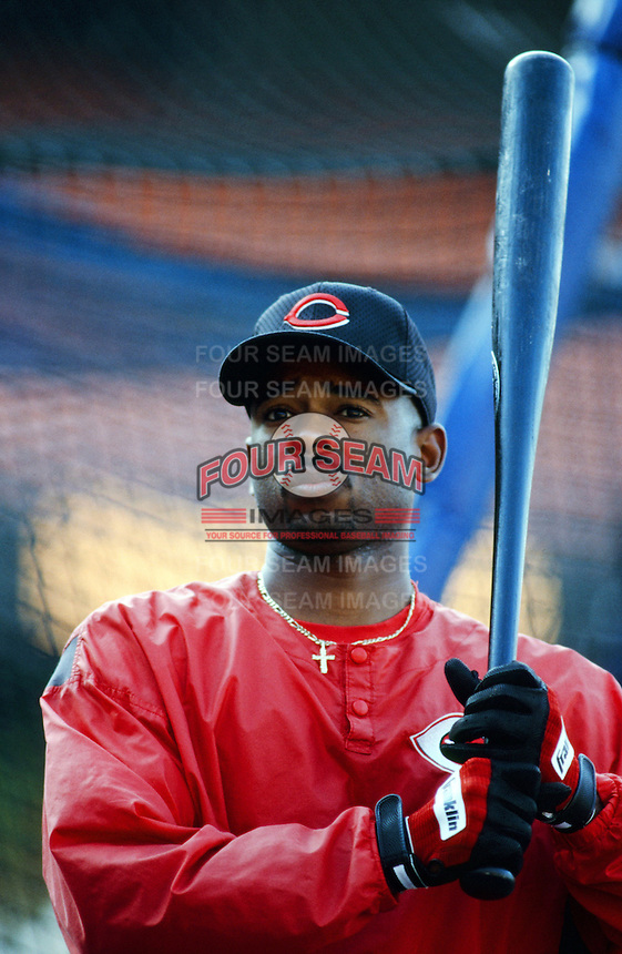 Michael Tucker of the Cincinnati Reds before a 1999 Major League Baseball season game against the Los Angeles Dodgers in Los Angeles, California. (Larry Goren/Four Seam Images)