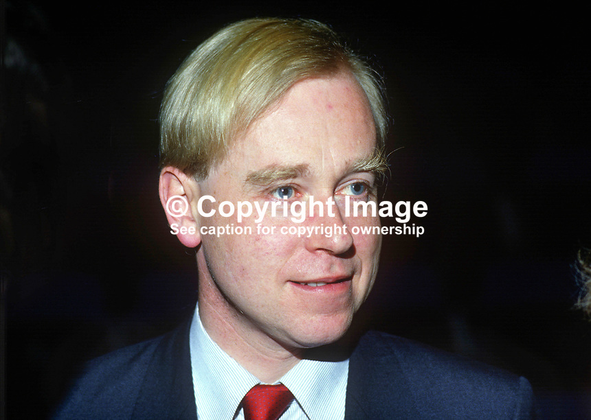 Alex FitzGerald, Fine Gael, member, senator, Seanad, Senate, Rep of Ireland, 19851202AF1..Copyright Image from Victor Patterson, 54 Dorchester Park, Belfast, UK, BT9 6RJ..Tel: +44 28 9066 1296.Mob: +44 7802 353836.Voicemail +44 20 8816 7153.Skype: victorpattersonbelfast.Email: victorpatterson@me.com.Email: victorpatterson@ireland.com (back-up)..IMPORTANT: If you wish to use this image or any other of my images please go to www.victorpatterson.com and click on the Terms & Conditions. Then contact me by email or phone with the reference number(s) of the image(s) concerned.