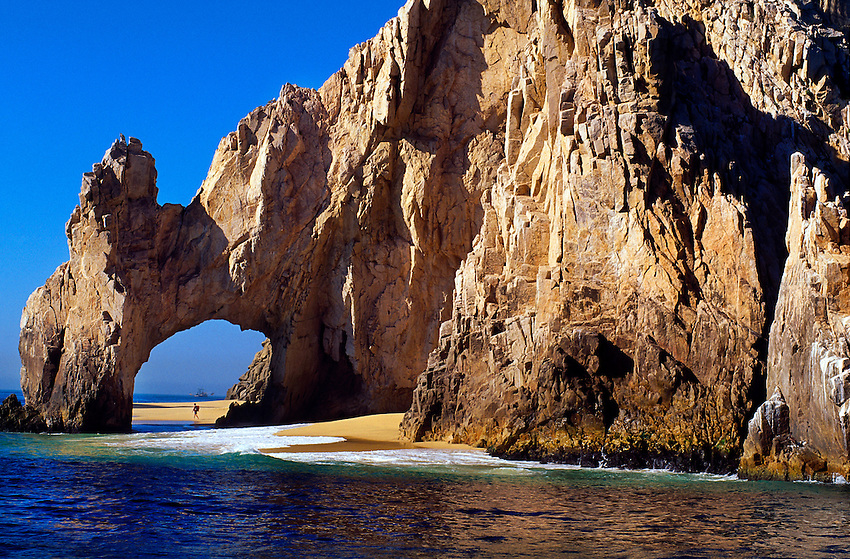 El Arco (The Arch) at Land's End between the Sea of Cortes and the Pacific Ocean, Los Cabos, Baja Peninsula, Mexico