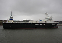 Freight vessel Holmfoss of the Eimskip fleet from Iceland arrives in Aberdeen harbour on 10.2.13.