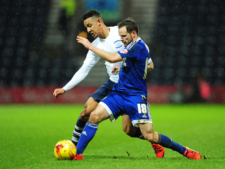 Preston North End&rsquo;s Callum Robinson vies for possession with Brentford's Alan Judge<br /> <br /> Photographer Chris Vaughan/CameraSport<br /> <br /> Football - The Football League Sky Bet Championship - Preston North End v Brentford - Saturday 23rd January 2016 -  Deepdale - Preston<br /> <br /> &copy; CameraSport - 43 Linden Ave. Countesthorpe. Leicester. England. LE8 5PG - Tel: +44 (0) 116 277 4147 - admin@camerasport.com - www.camerasport.com