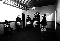 Pix:Michael Steele/SWpix...Soccer. Manchester United players warm up...COPYRIGHT PICTURE>>SIMON WILKINSON..Young Manchester United players warm up in a corridor before a game. (L to R) Gary Neville, David Beckham, Robbie Savage, Nicky Butt.