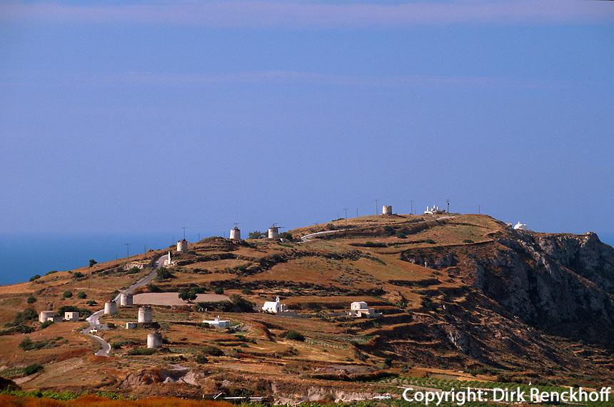 Griechenland,   Insel Santorin (Santorini), Alte Windmühlen auf dem Gavrilos-Berg