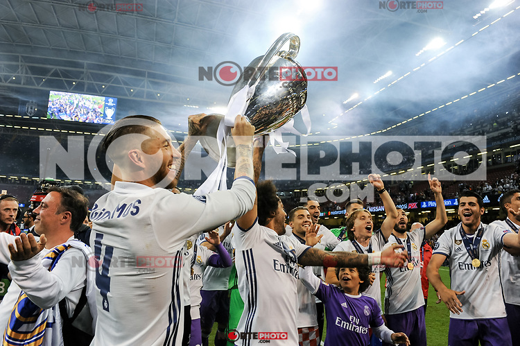 Sergio Ramos of Real Madrid and his team mates lift the Champions League Trophy during the UEFA Champions League Final match between Real Madrid and Juventus at the National Stadium of Wales, Cardiff, Wales on 3 June 2017. Photo by Giuseppe Maffia.<br /> <br /> Giuseppe Maffia/UK Sports Pics Ltd/Alterphotos /nortephoto.com
